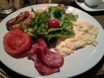 Breakfast set at Bon App