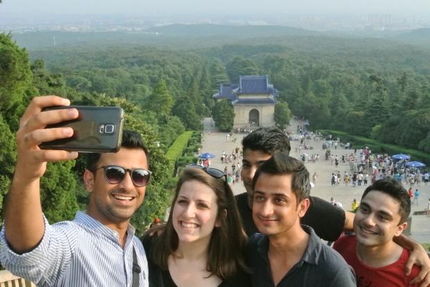 [Shanghai Spice] Selfies!